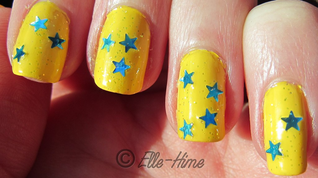 Princessly Polished: Love & Beauty - Sea Stars = Happy Nails