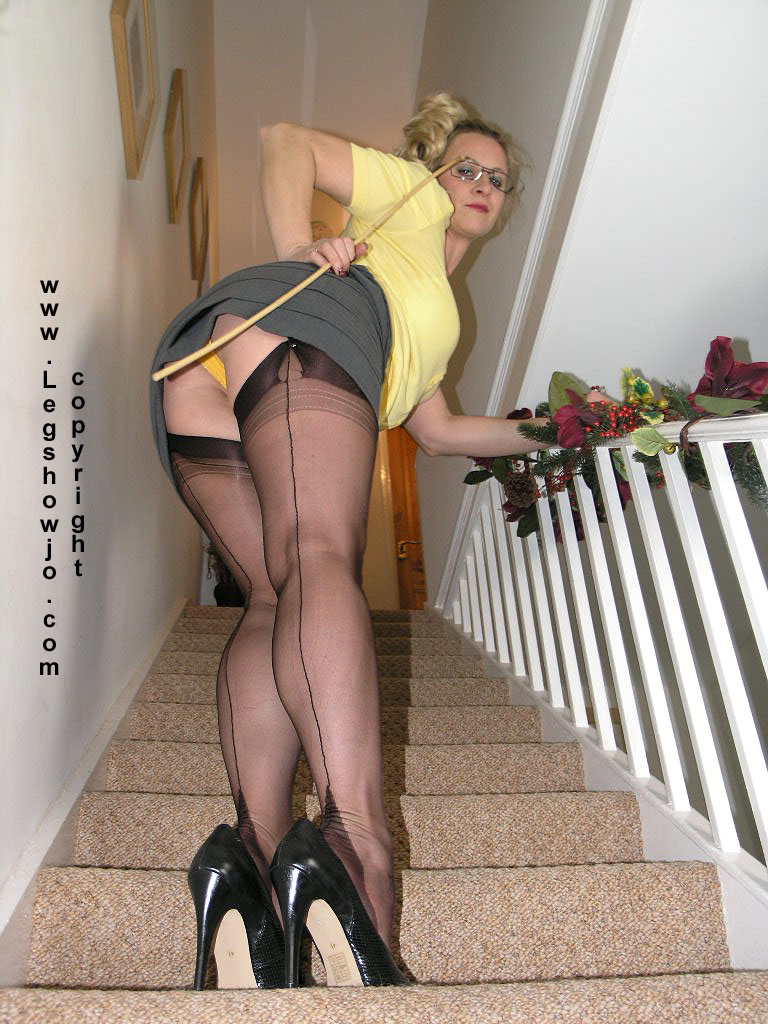 jo Leg stockings show