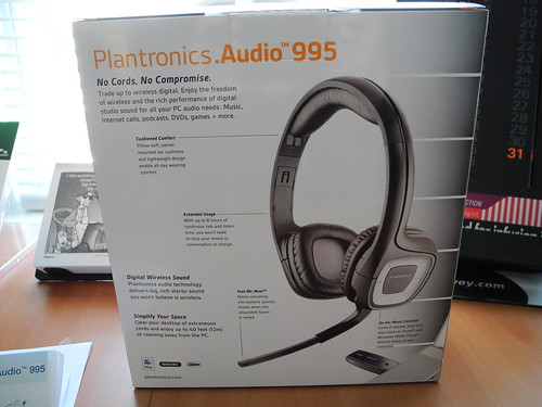 Plantronics .Audio 995 Box by midgefrazel