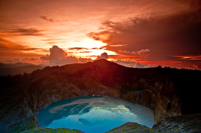 Sparkling Dawn on Kelimutu