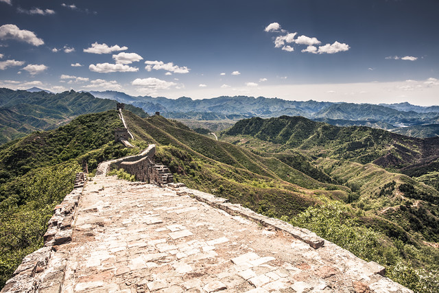 China / Beijing / Landscape / Walking over A Great Wall