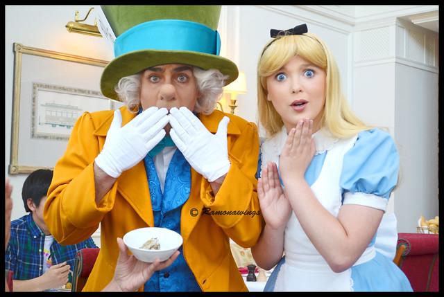 Le Chapelier fou, Alice et une Petite Huître !