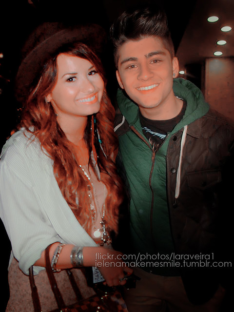 Zayn  Malik and Demi Lovato manip