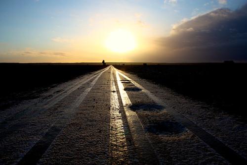 road morning snow nature sunrise finland scenery frost tracks tie finnish vaasa väg vasa pohjanmaa österbotten ostrobothnia söderfjärden