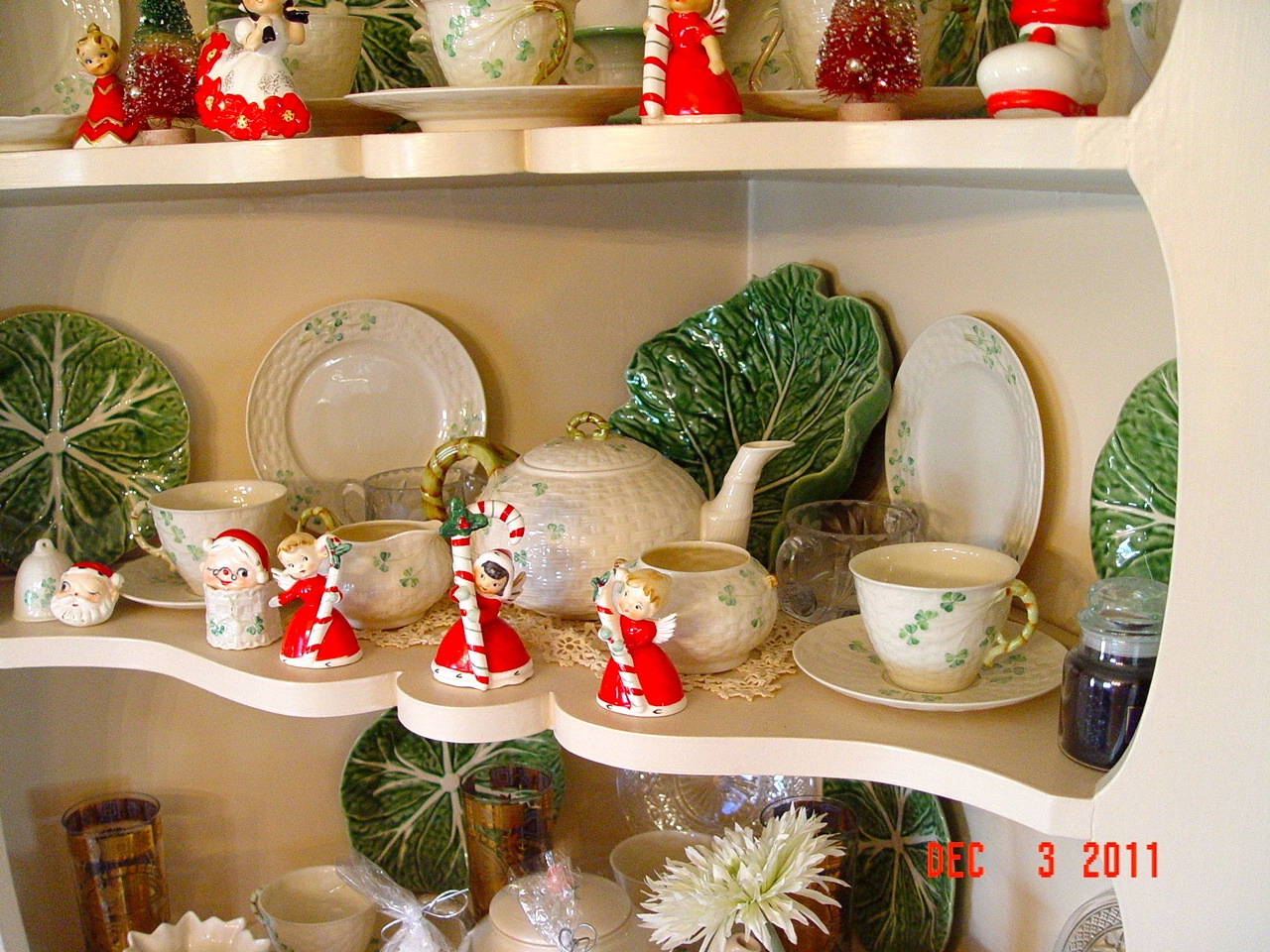 2011-12 Xmas dining room cabinet b | Flickr - Photo Sharing!