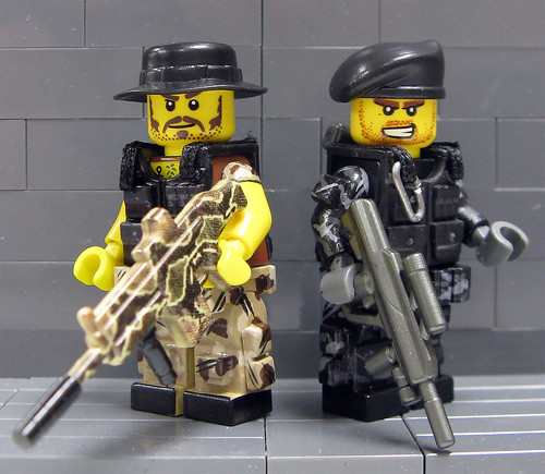 Family Bricks Brings in the Big Guns During a Visit to ToyWiz/BrickArsenal!