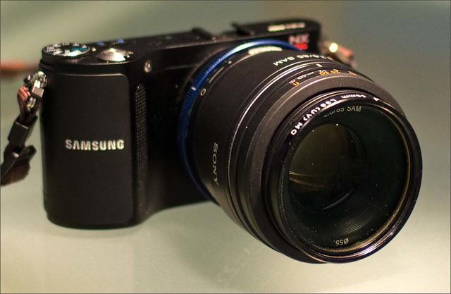 Samsung NX200 Sony 85mm f/2.8 (Sony a-mount) Novoflex Sony a-mount > Samsung NX adapter
