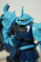 [Robot Tamashi] MS-07B-3 Gouf Custom