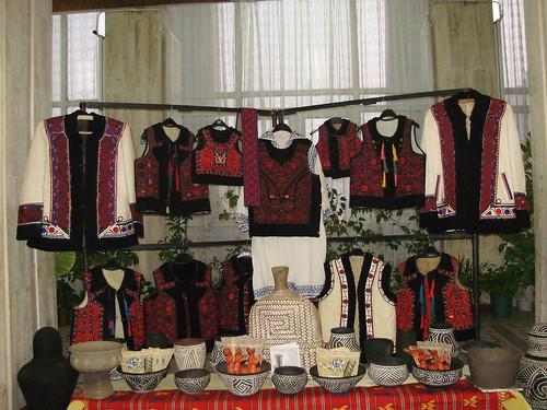 Expozitie cu obiecte de arta traditionala
