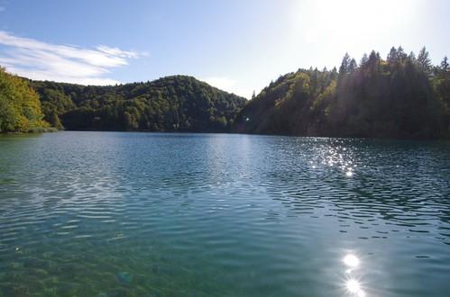 湖のある風景43
