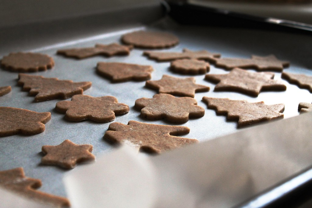 Gingerbread cookies: before