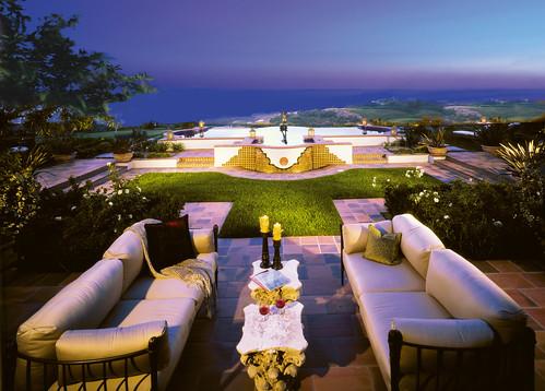 马克斯科特associates的富豪山坡庭院
