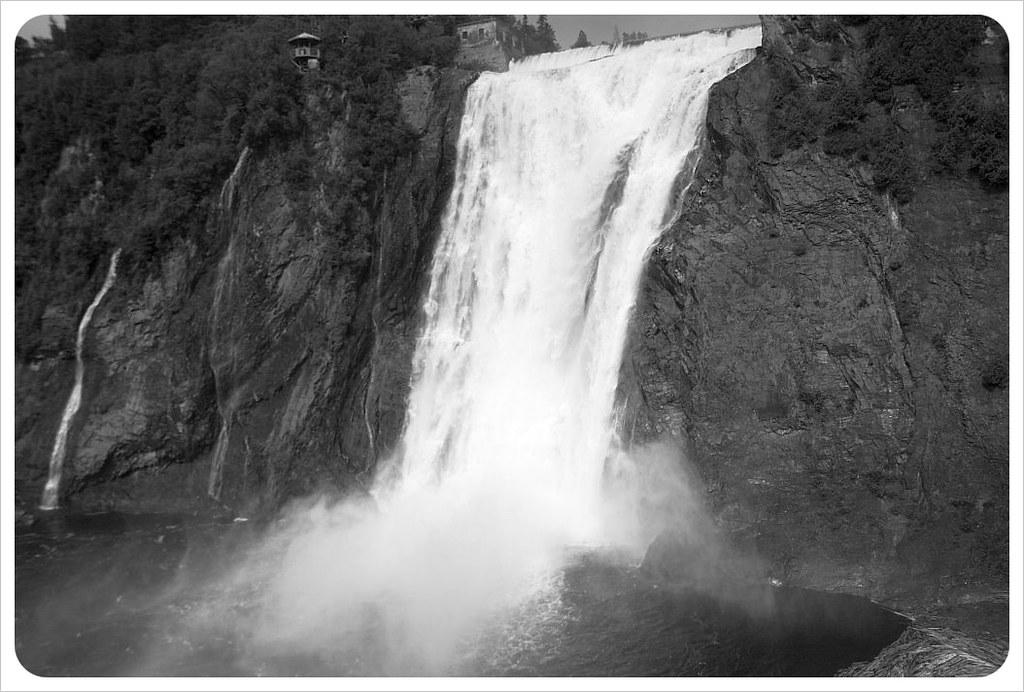 montmorency falls bw