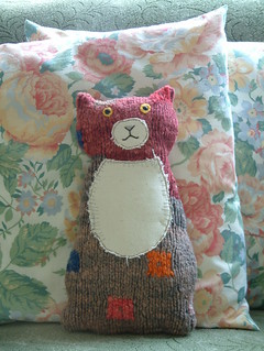 cute flat cat from recycled sweater ...