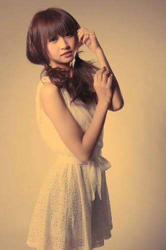 [フリー画像素材] 人物, 女性 - アジア, ワンピース・ドレス, 台湾人 ID:201201131800