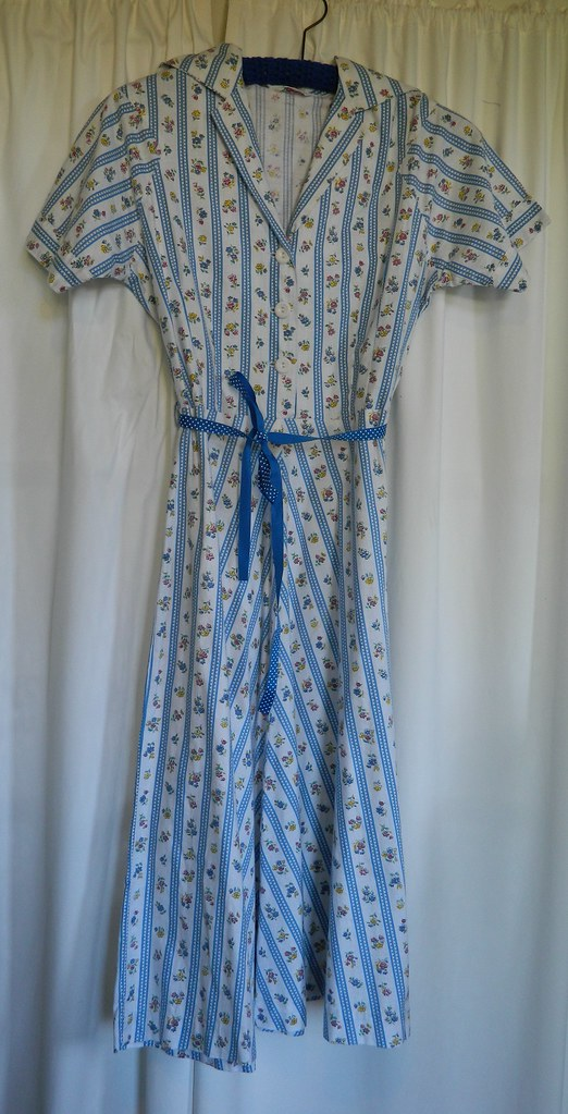 Vintage Dress from Two Squirrels