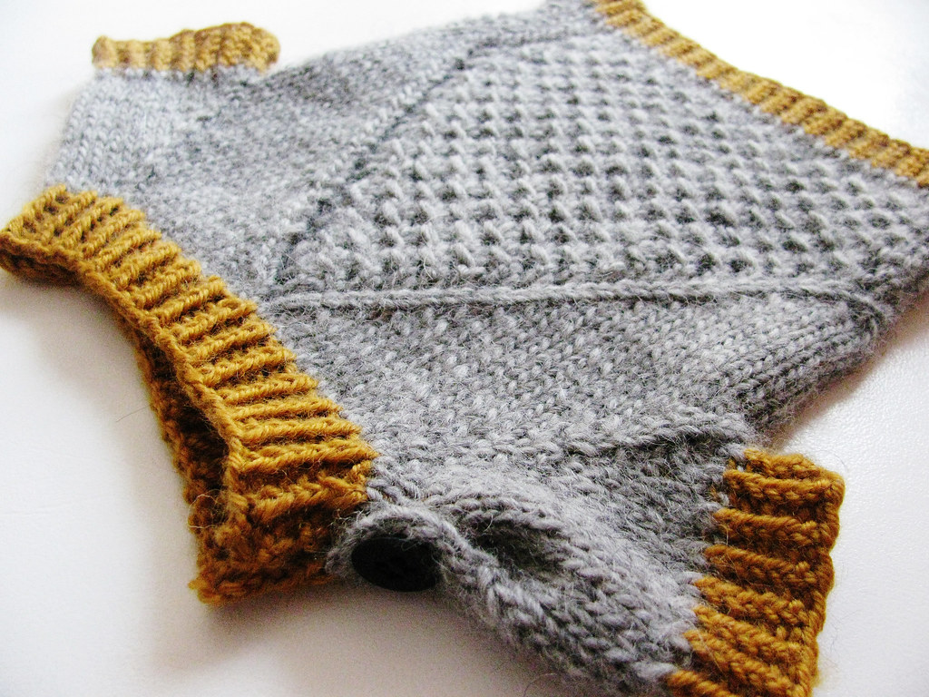2 patterns babychild morpheus this baby pullover is knitted top down bankloansurffo Images