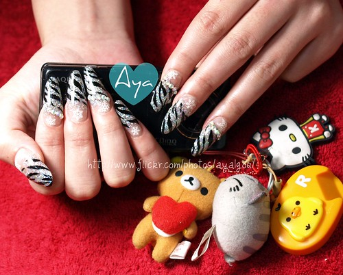 Winter zebra printed nails