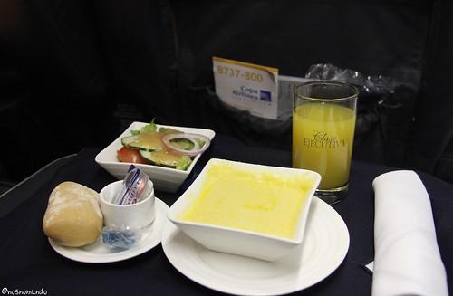 Jantar na classe executiva da Copa Airlines