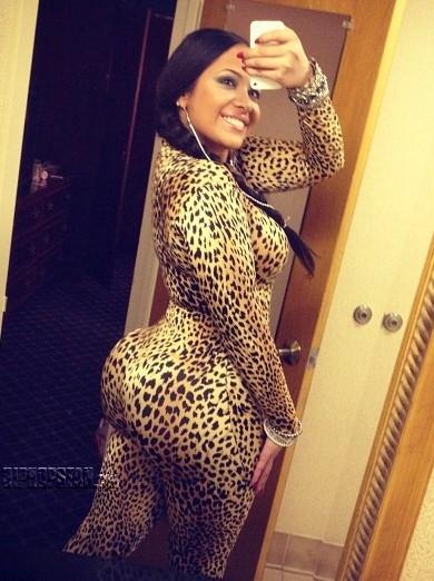 Stephanie Santiago (3)