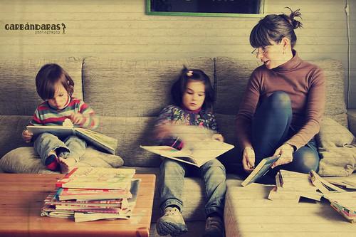 ...tres lectoras...*5/365* by Garbándaras