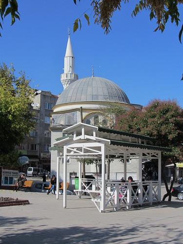 Balikesir: white mosque (1)
