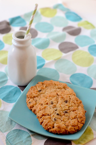 Pink Parsley: Cornflake-Chocolate Chip-Marshmallow Cookies