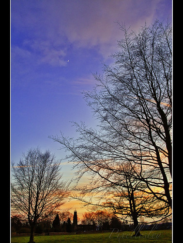 trees winter sunset sky moon cold colour church silhouette night clouds landscape golden evening village cotswolds spire glowing icy hss commonland minchinhampton magicunicornverybest