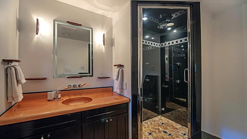Дизайн интерьера туалета в доме