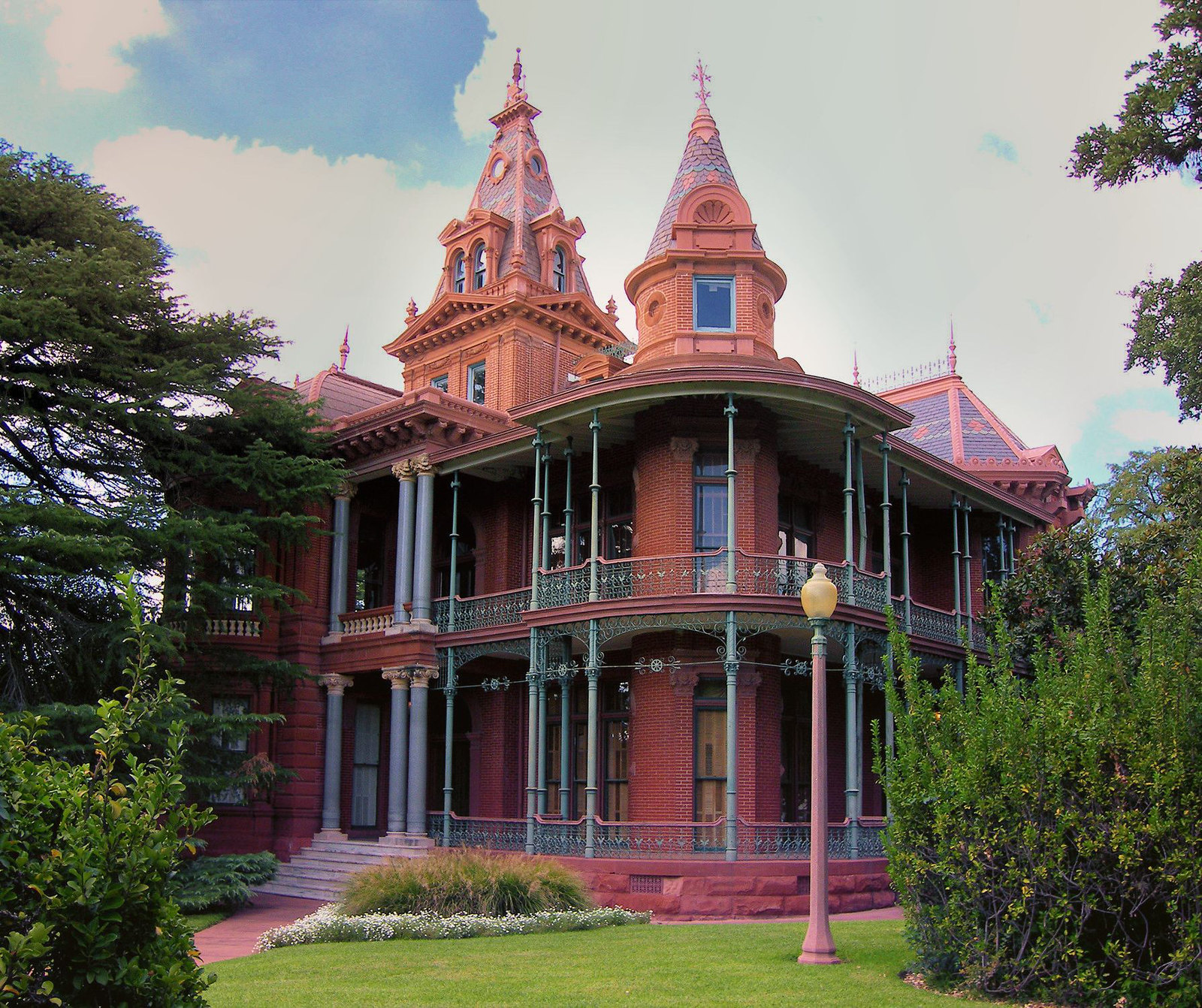 Littlefield House, Austin, Texas. Credit Larry D. Moore