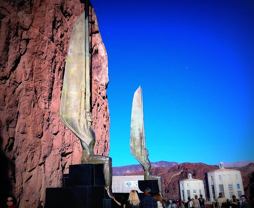 Hoover Dam statues