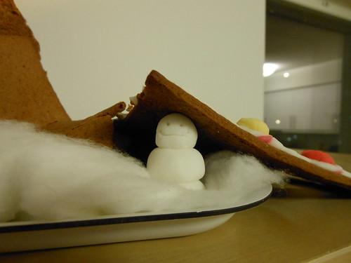 Snögubben är glad ändå