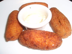 breakfast, croquette, fried food, cutlet, kibbeh, food, dish, cuisine, fast food,
