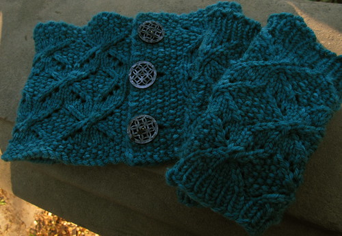 Outerbridge Cowl and Mitts