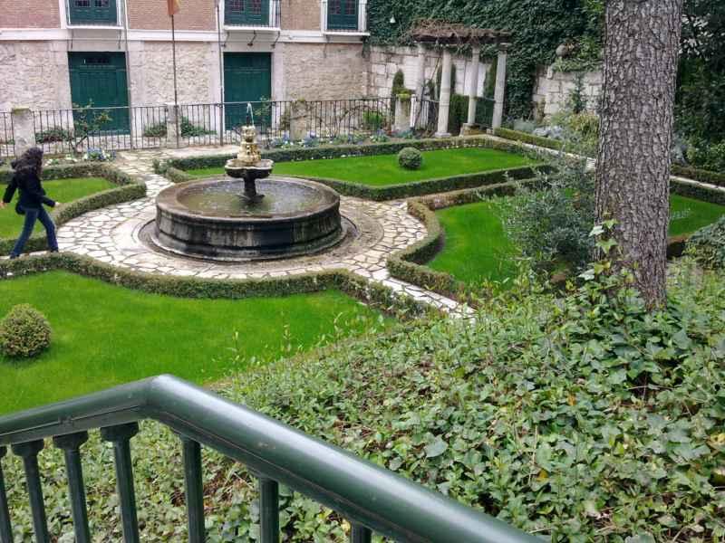 Jardín Casa Cervantes 2