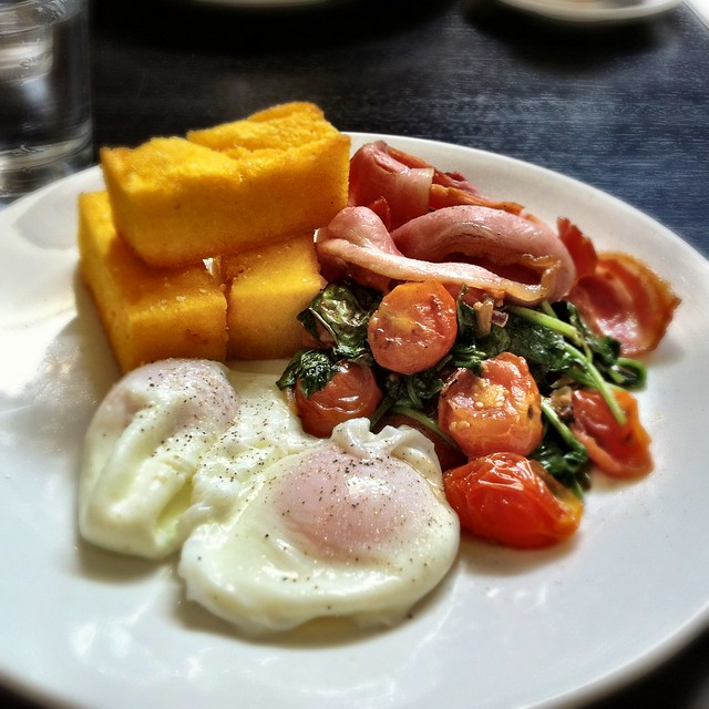 Poached eggs with polenta, tomato and spinach   Flickr ...