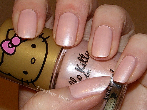 Hello Kitty London - Light Pink