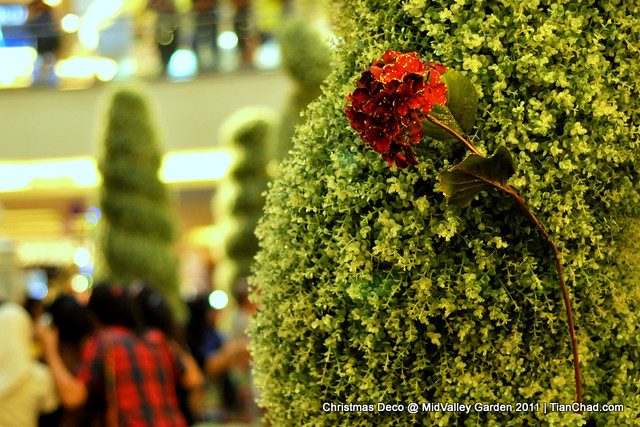Christmas Deco @ MidValley Garden 2011 | TianChad.com
