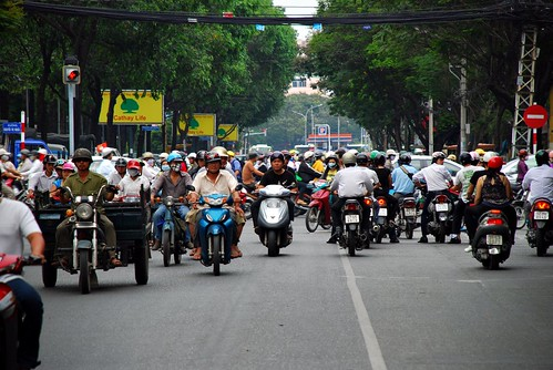 traffic in Ho Chi Minh City (by: imalel/Alessandro, creative commons license)