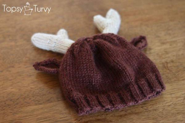 reindeer-hat-knit-pattern-ribbed