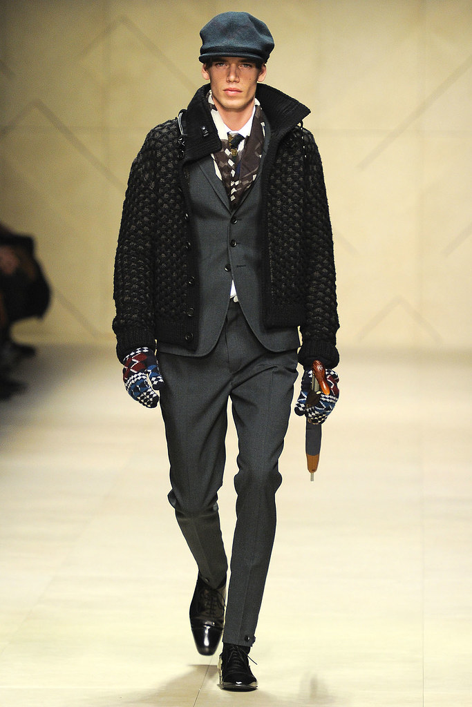 FW12 Milan Burberry Prorsum034_Mark Cox(VOGUE)