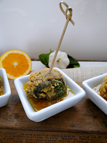 quinoa spinach bites  // gingered orange honey dipping sauce