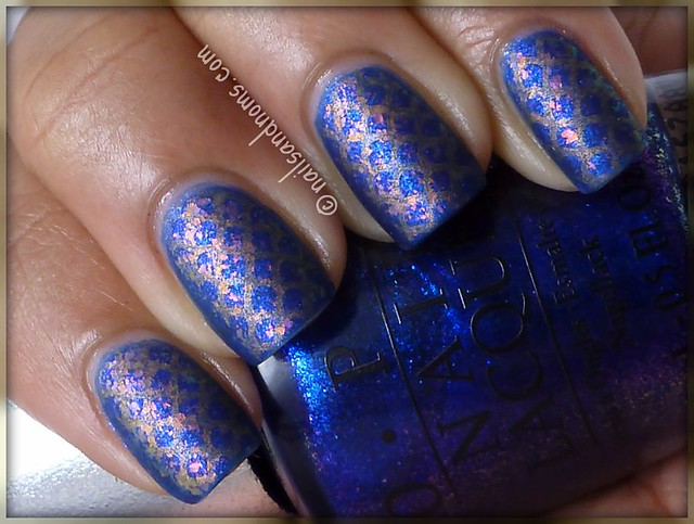 Rainbow Fish Manicure - Matte Top Coat