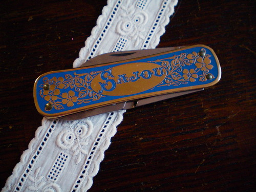 Sajou Embroidery Knife