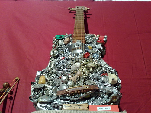 Chitara riciclata by durishti