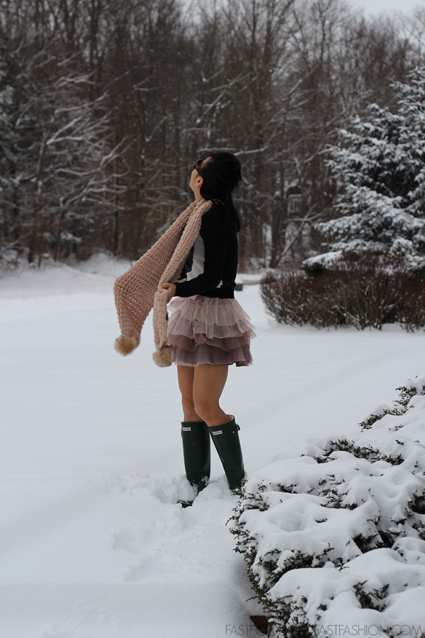 hunter boots stella mccartney  tulle skirt h&m heart sweater and pink scarf