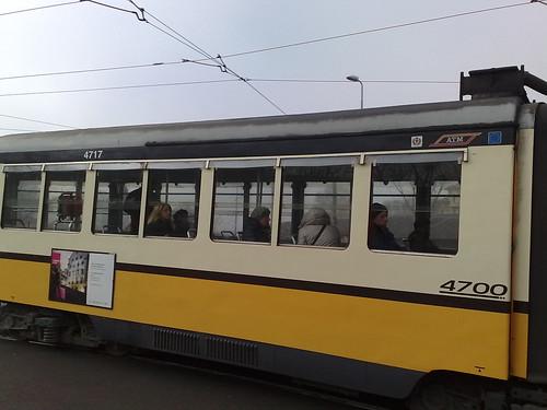 Mezzo tram 4700 by durishti