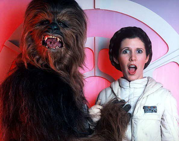 chewie_grabbing_leia_breast