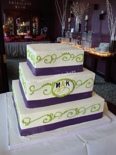 purple and lime green wedding cakes yushan s vineyard wedding cake candied green and 18862