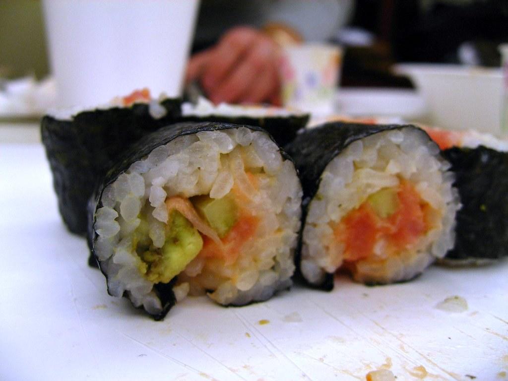 Sushi Class - my spicy tuna roll